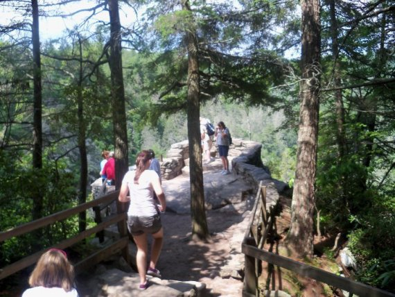 Hiking To Linville Falls Blue Ridge Parkway Cabin Rentals